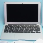 【新品同様】激安中古 MacBook Air MD711J/B Early 2014 (i5/4GB/SSD128GB/11.6)